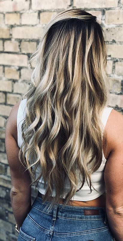Lyse striper i håret